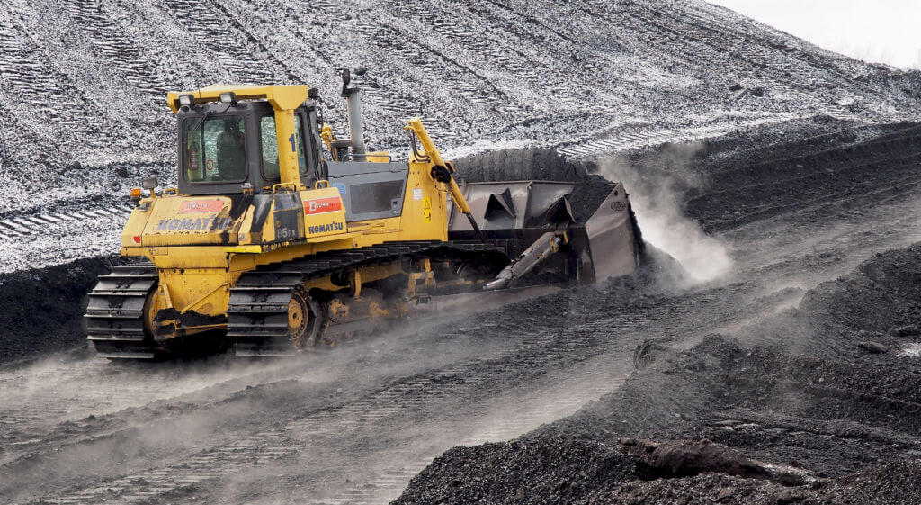 Komatsu D85 pushing Indonesian coal in Power plant Ljubljana