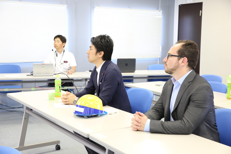 Prospective PM of Japan, Shinjirō Koizumi, with Skycatch CEO, Christian Sanz